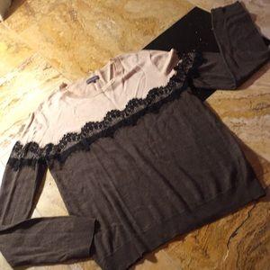 Vince Camuto sweater Color block/Lace trim accent